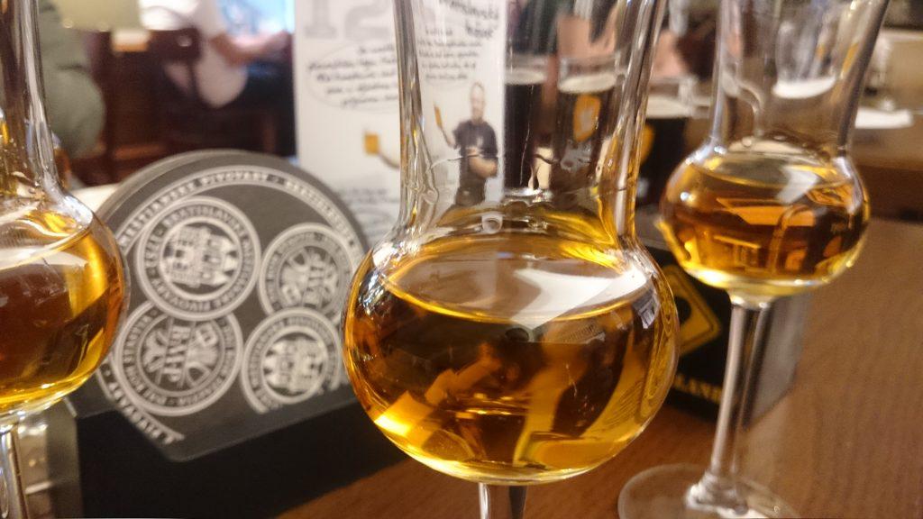 Calvados na stole