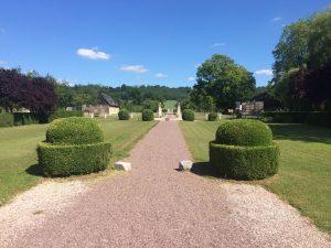 Príjazd do Calvados Domaine Dupont