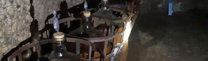 Plná pivnička cideru